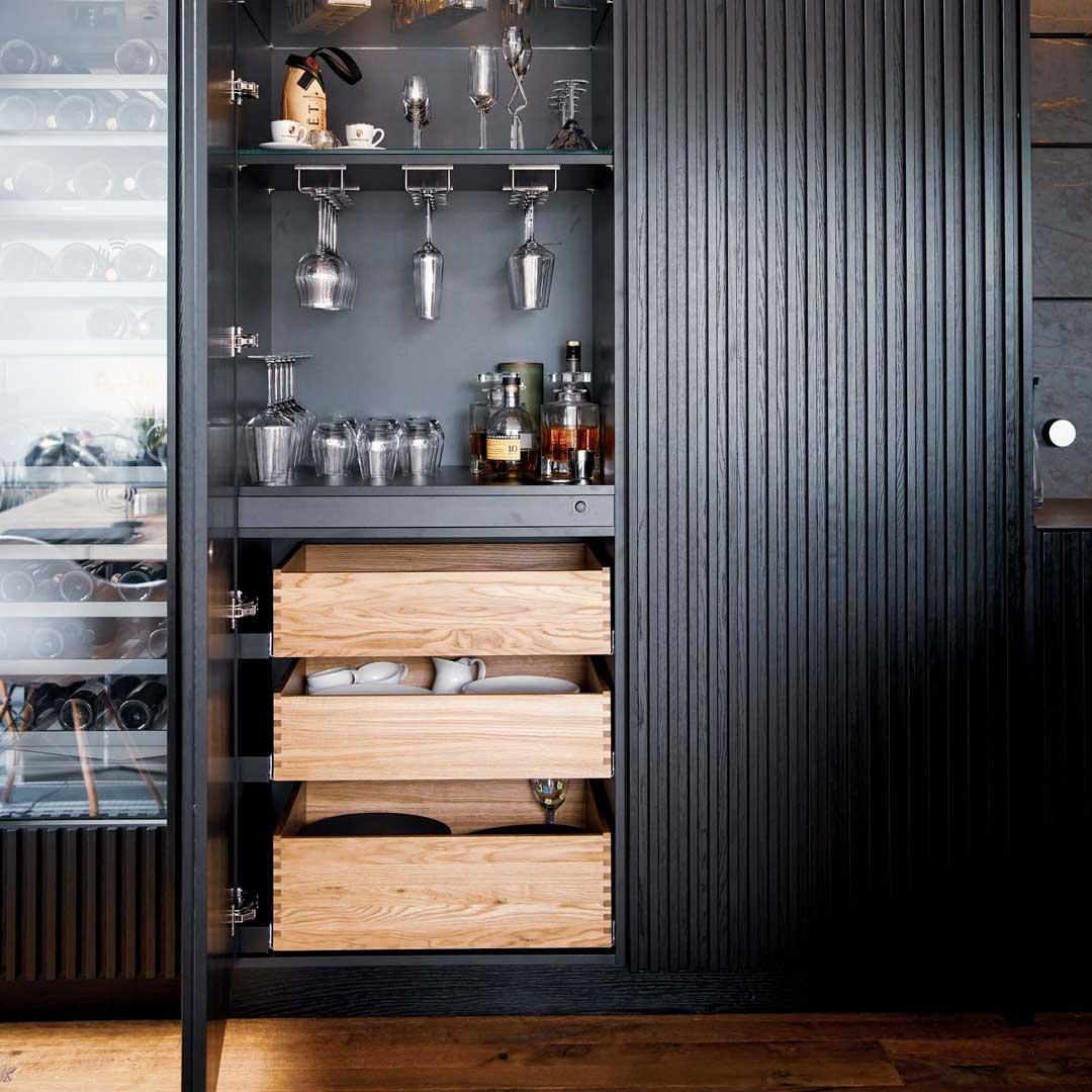 Manufaktur-Küche mit Auszügen