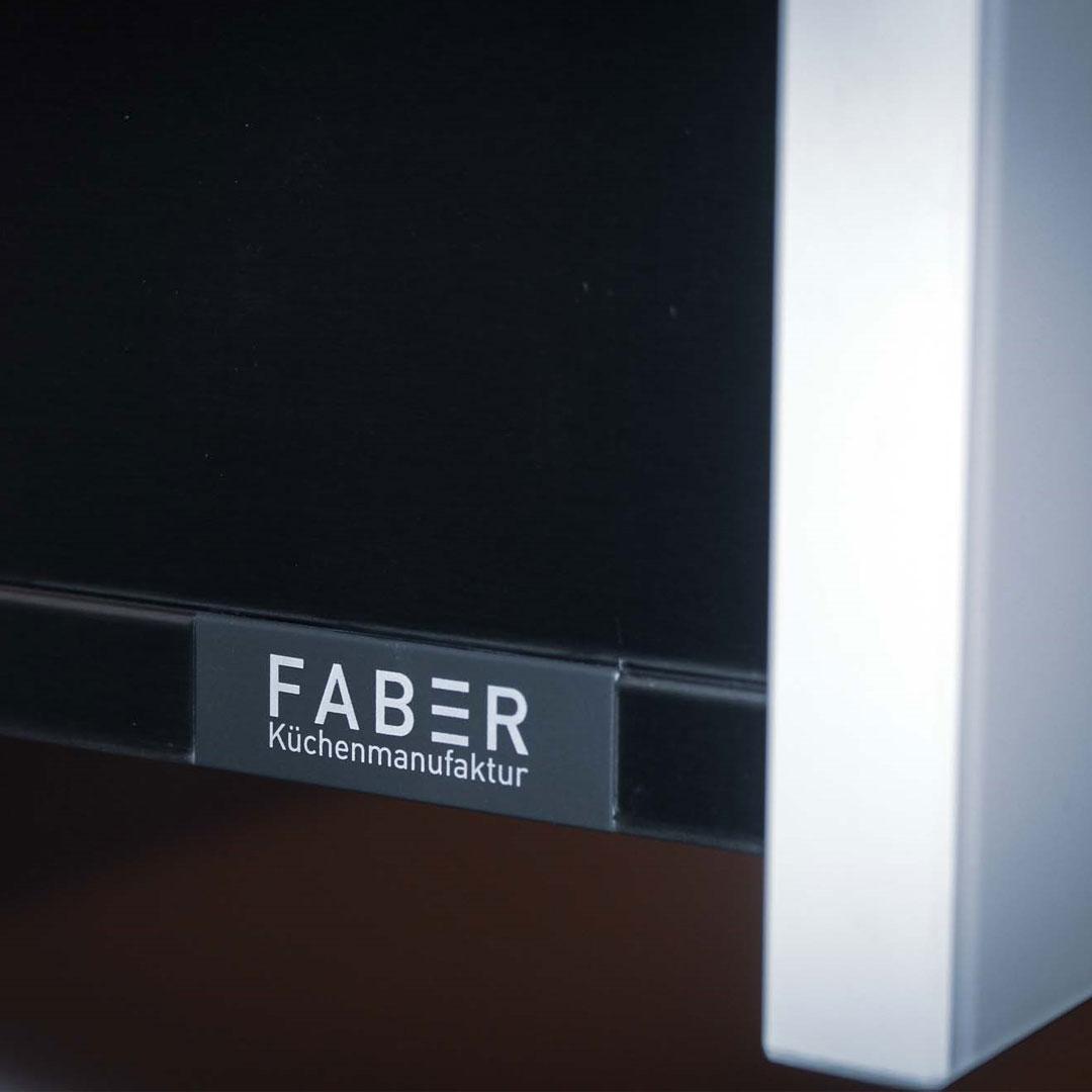 Detailaufnahme des Faber-Labels